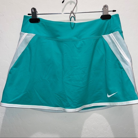 Nike Dri-Fit Tennis Skirt